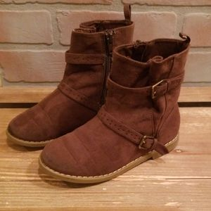 Girls suede brown ankle boots